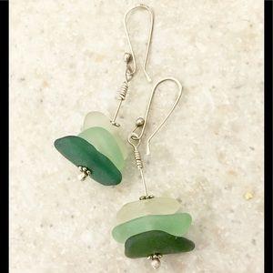 Gorgeous handmade sterling & sea 🌊 glass earrings